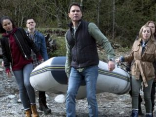 Travelers (207) - 17 Minutes