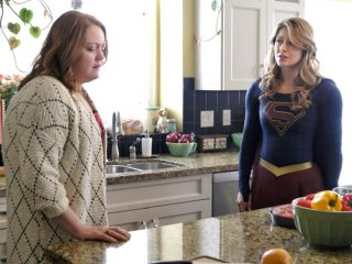 Supergirl (417) - All About Eve