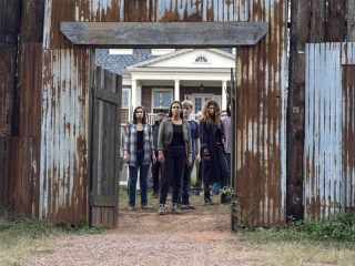 The Walking Dead (911) - Bounty