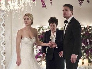 Arrow (416) - Broken Hearts
