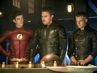 The Flash (408) - Crisis on Earth-X, Part 3
