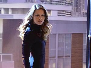 Supergirl (116) - Falling