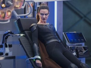 Supergirl (319) - The Fanatical