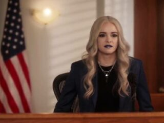 The Flash (708) - The People V. Killer Frost