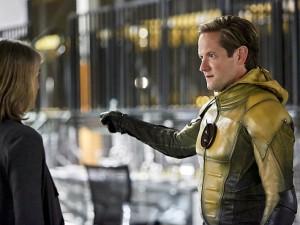 The Flash (211) - The Reverse-Flash Returns